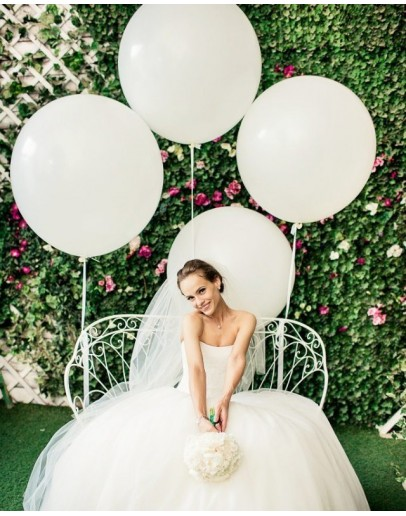 Белые шары для невесты